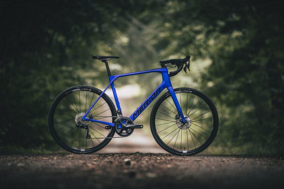 Merida Scultura Endurance - универсальный велосипед от популярного немецкого бренда
